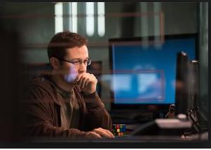映画「スノーデン」フル動画を無料視聴(字幕&吹き替え)!HuluやNetflixで見れる?